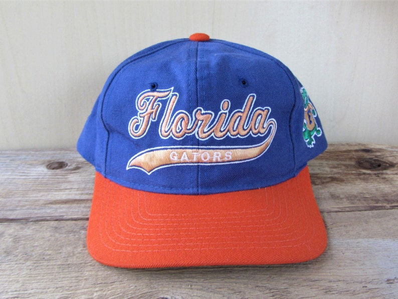 04cf92fa1 FLORIDA GATORS Vintage 90s Snapback Hat Starter 'The Natural' Script Logo  Official Licensed NCaA Football Cap Embroidered Wool Ballcap