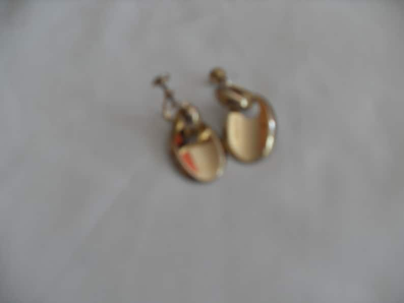 Gingerslittlegems Gold Oval Earrings gift for her screw back gold tone Oval drop high fashion retro hipster jewelry