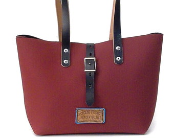 Wine Red Shoulder Bag Recycled Benz Cabrio Roof Wine Red Upcycled In-House Production by peace4you / 2203