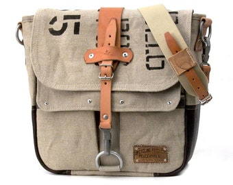 Messenger Bag Courier Bag Recycled Belgian Army Postsack Leather Jacket Upcycled In-House Production by peace4you / 2024