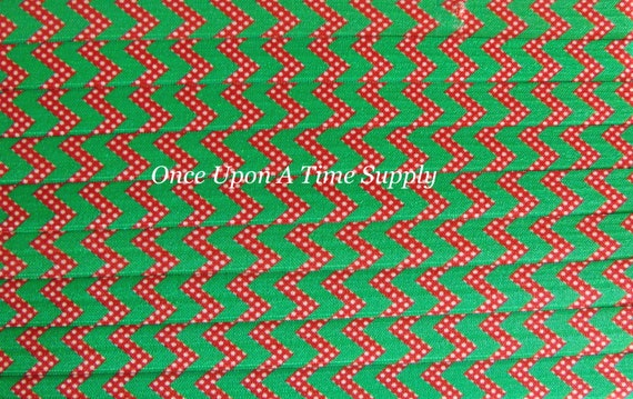 "10 yards red /& green Christmas chevron print 5//8/"" fold over elastic FOE"