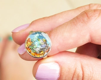 Sea Ring, Aqua Blue Ring, Turquoise Resin Ring, Adjustable Gold Flakes Ring, Mermaid Ring, Womenσ Gift Idea, Summer Cocktail Ring