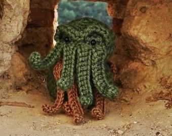 Cthulhu - Cthulu - Lovecraft - Cthulhu toy - cthulhu decor - creppy cute plush - cthulhu fhtagn - cthulhu art - creppy decor - tentacles