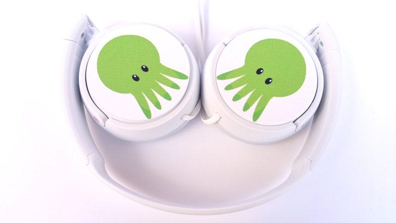HEADPHONES CTHULHU KAWAII  lovecraft madness novel music mp3 pc micro geek adorable