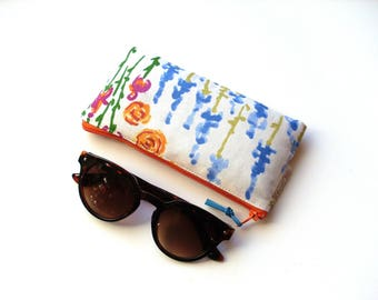 Glasses case padded cotton flowers