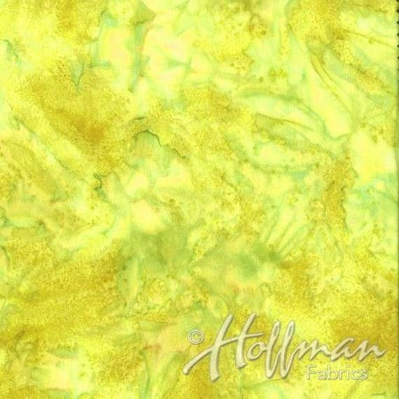 Watercolour 1895 100/% Cotton Hoffman Batik Fabric Lime Green