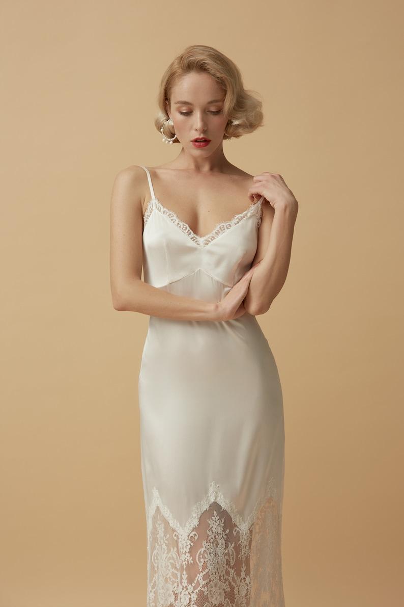 2021 Wholesale Bridesmaid Robes Long Satin Nightgowns