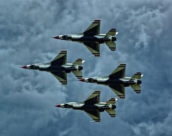 Military Photography - Air Force Thunderbirds 8