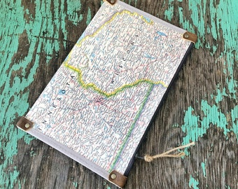 Minnesota and Wisconsin Vintage Map Zipper Pouch