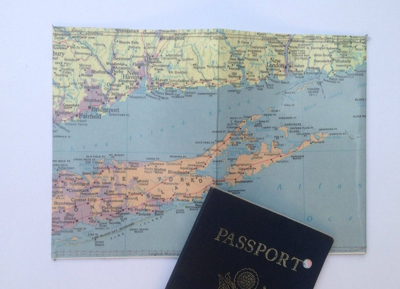 Passport holder: Vintage Long Island Map image 0