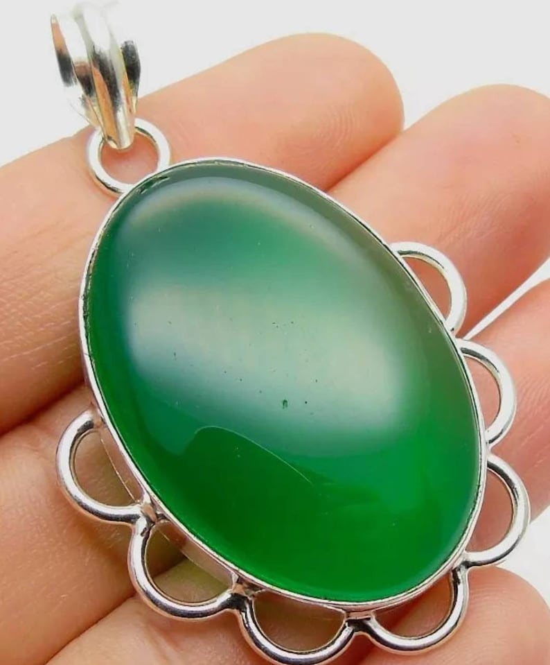 Quartz GreenOnyx Pendant 925 Silver 68mm Gifts Under 20 Statement Jewelry,EmeraldPendant,UK Seller,Gifts For Her,Boho,Vintage,Green Stone