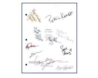 Parenthood Pilot Episode TV Script Autographed: Peter Krause, Lauren Graham, Dax Shepard, Monica Potter, Sarah Ramos, Erika Christensen