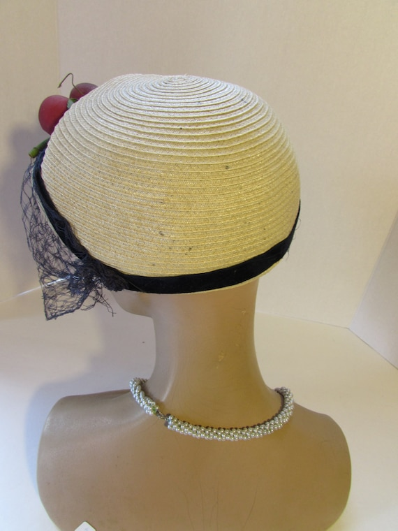 SALE! Straw Hat Maize Straw Purple Red Apples Vin… - image 4