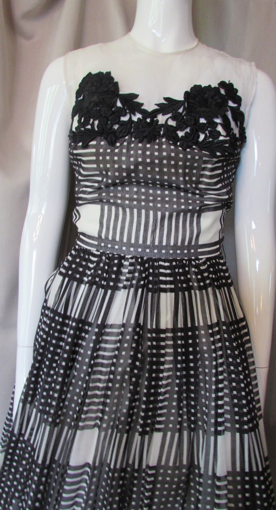 Summer Dress Black White Large Grid Plaid Full Ski