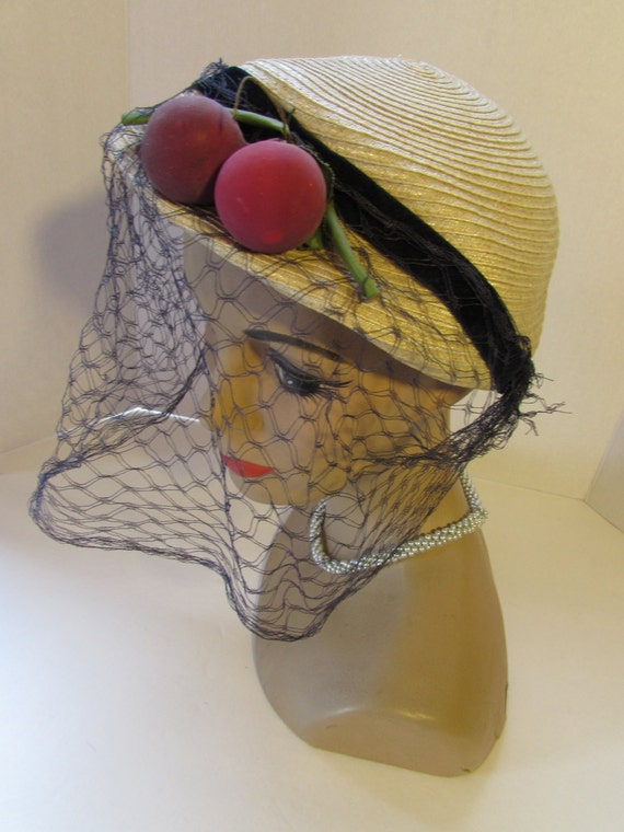SALE! Straw Hat Maize Straw Purple Red Apples Vin… - image 2