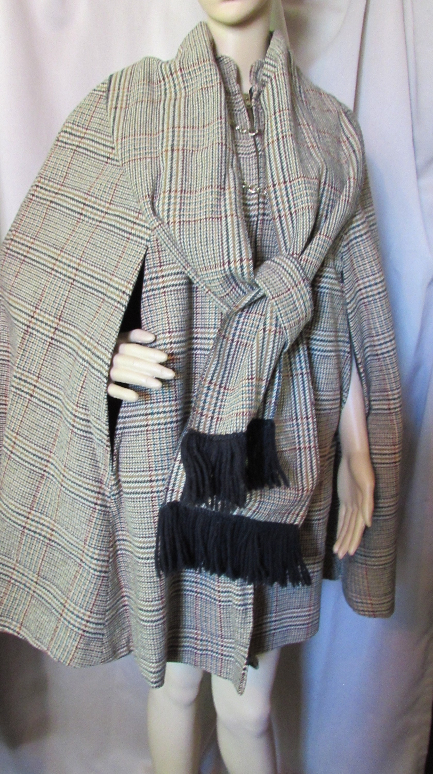 Vintage Scarf Styles -1920s to 1960s 1970 Era Cape Plaid Wool Green Brown Fringed Scarf Forest Lining Country Place Label Winter Coat Ladies Fashions $0.00 AT vintagedancer.com