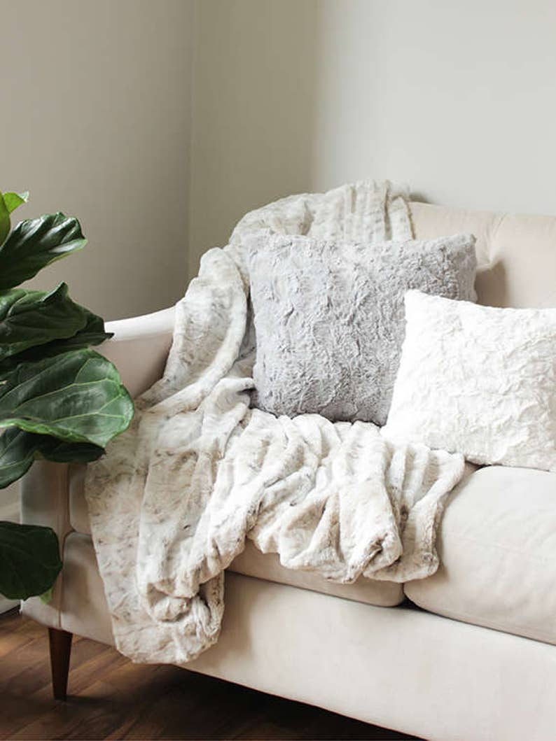 Faux Fur Throw Blanket Sofa Throw Decorative Blanket  3404ba246