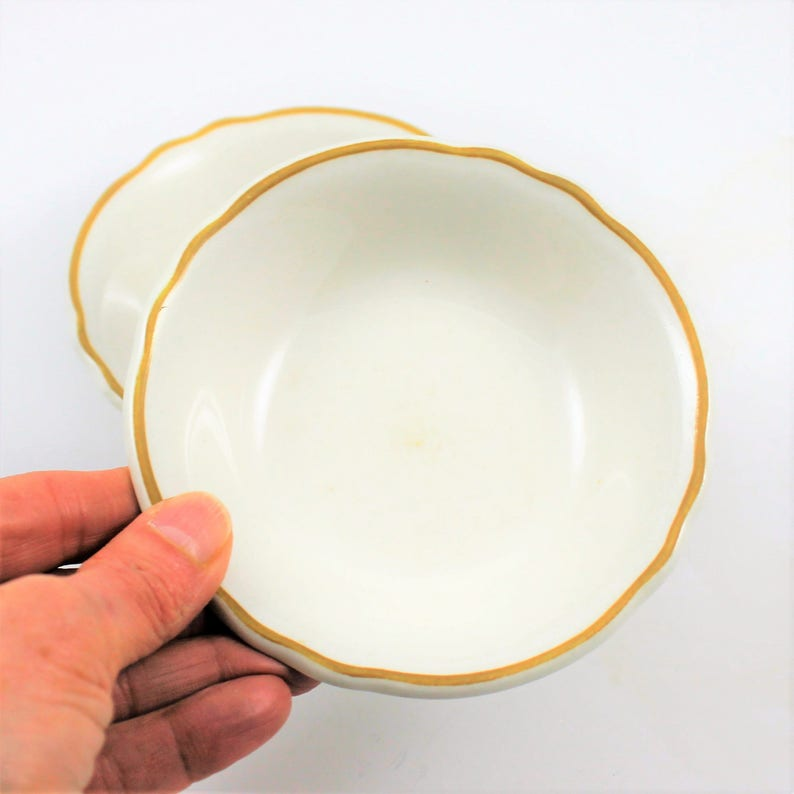 tannish yellow rim ruffled rim Vintage Homer Laughlin Best China sauce bowls restaurant ware farmhouse dishes cottage dishes 2 bowls