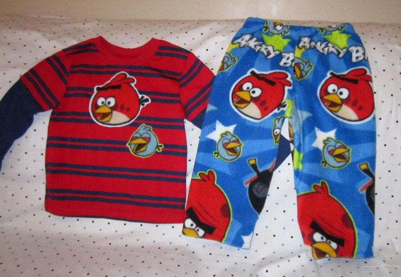 3273660a4d87 Boys Pajamas Boys Angry Birds Pajamas Tee Shirt with Fleece