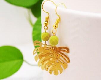 Chartreuse Green Monstera Leaf Earrings, Raw Brass Leaf Earrings, Modern Tropical Dangle Earrings