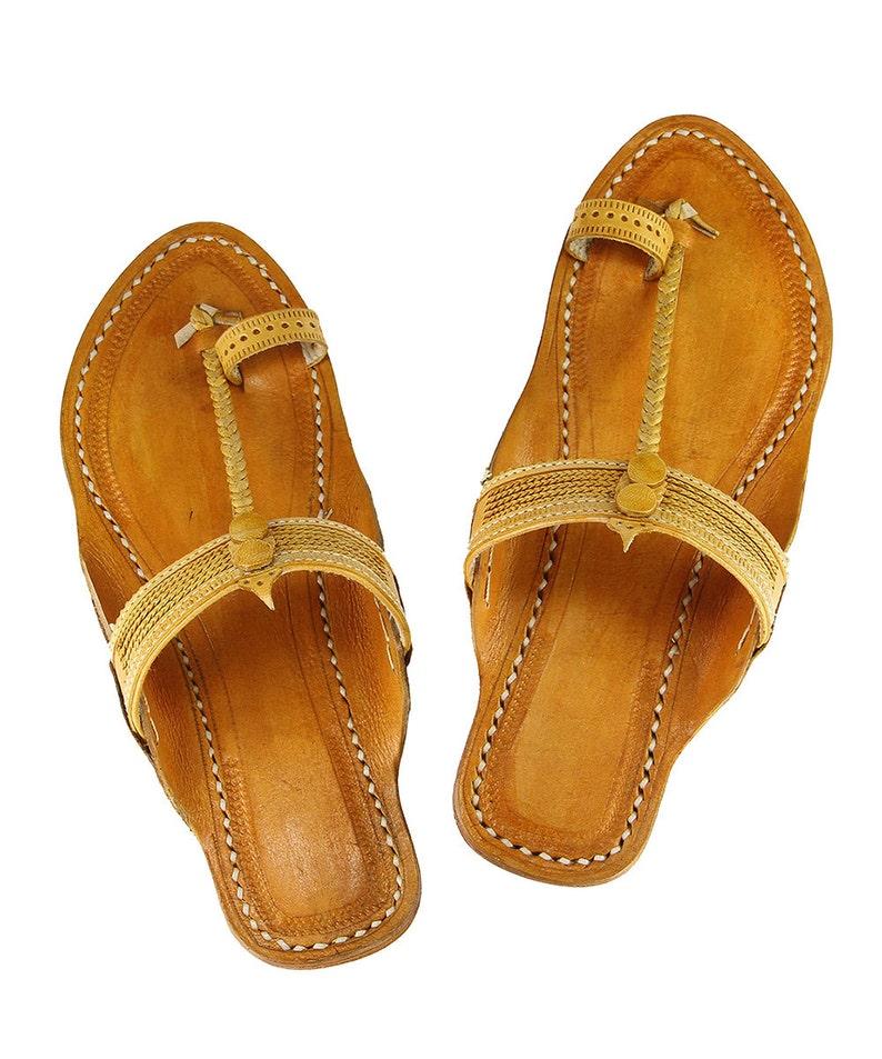 431a8cee0870 Authentic light yellow kolhapuri chappal for women