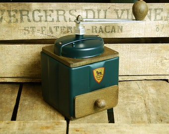 Vintage French PEUGEOT Coffee Grinder 1950s Restored Condition cleaned and serviced !
