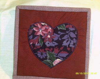 potholder/hot pad with heart applique
