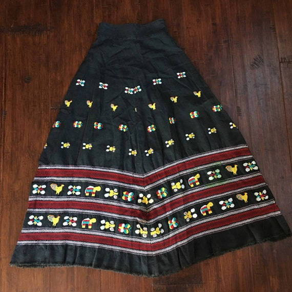 Vintage Embroidered Mexican Maxi Skirt