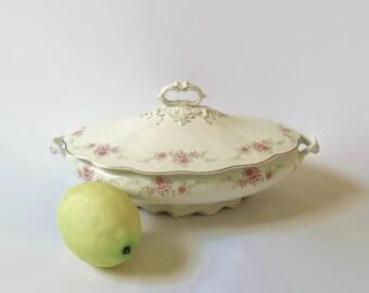 W H Grindley Tureen England Vintage Covered Vegetable Dish