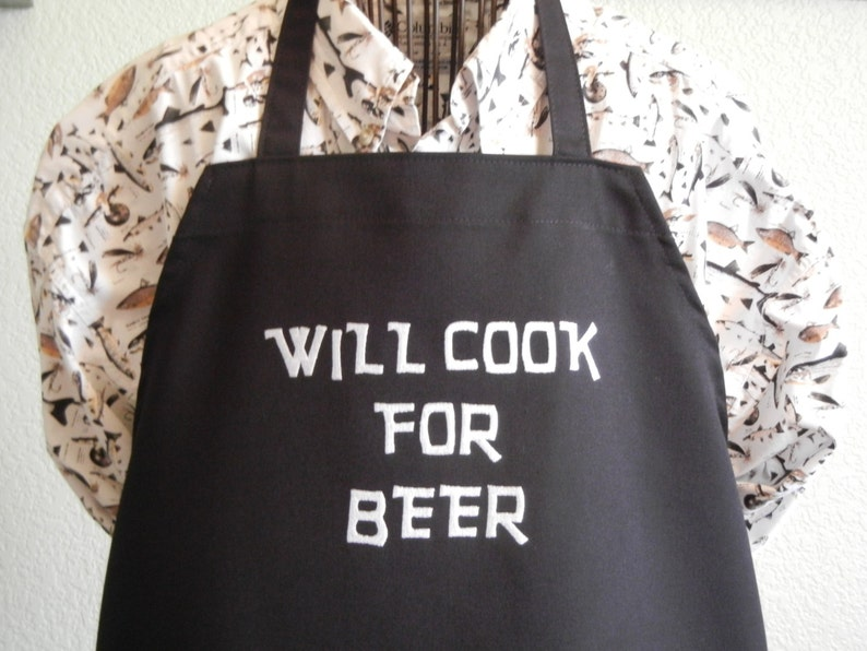 Funny BBQ Apron Novelty Aprons Cooking Gifts for Men Will Cook For Beer Black.