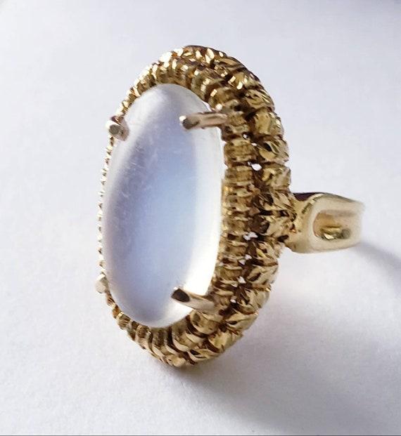 Moonstone ring | antique moonstone | 18k ornate mo