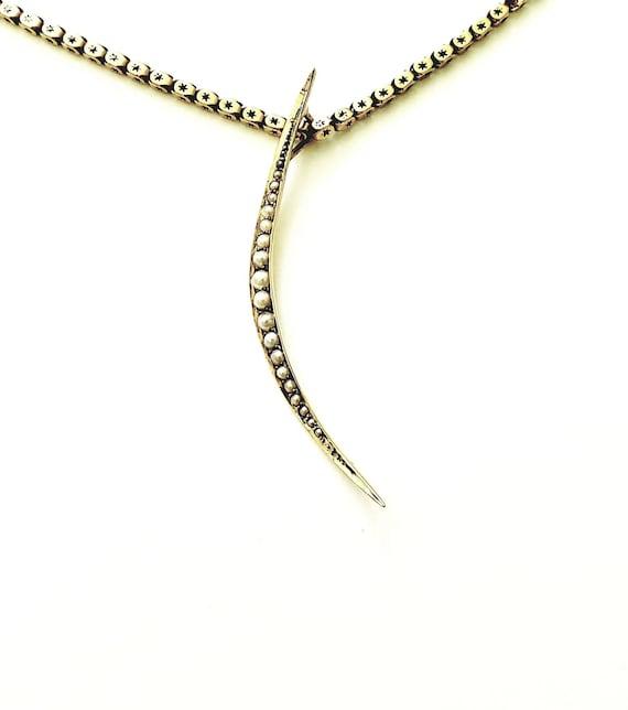 Victorian pearl crescent | 14k pearl crescent