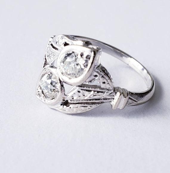 datant antique anneaux de diamant