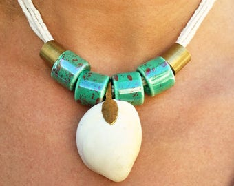 Handmade Shell Necklace, Summer, Boho, Festival, Beach, Ocean, Turquoise, Rope, Sexy, Pretty, Unique, Statement Choker(Bella Shell Necklace)
