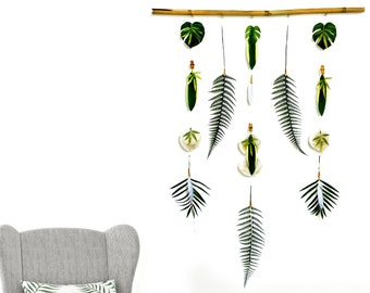 Handmade Flower Wall Hanging ART Chime Faux Leaf Hanging Backdrop Wall Decor Bamboo Palm Beach Decor Boho Craft Festival Feather Jewelry