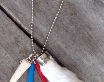 BOHO Handmade Necklace, Vintage 70's Rabbit's Foot, Festival, Goddess, Native, Celebrity, Healing, Hippie, Sexy  (That Hippie Luck Necklace)