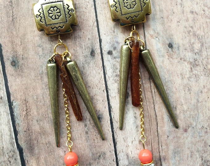 Handmade Tribal Earrings, Boho, Spike, Shell, Dangle, Festival, Coral, Native, Celebrity, Runway, Unique (Amazon Empress Earrings
