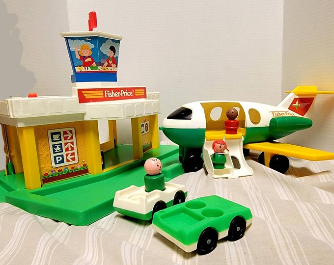 Vintage Fisher Price Little People Toy Airport 1980 FPLP, Fisher Price Play Family Jetport #933, 1 Plane & Extras!  FPLP in Good Condition