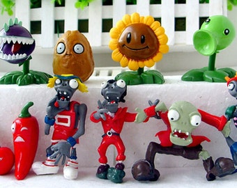 """Plants VS Zombies  Birthday Cake Toppers  1""""- 3"""" Tall ( 10 - pc Set )"""