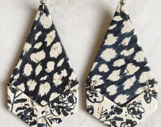 Large size Black and white pattern mixed. linked cork on leather earring Linked necktie and chevron shape