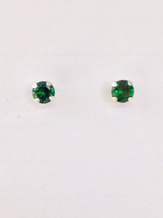 Emerald 14k White Gold Youth Imitation May Birth Month Stone Flower Earrings