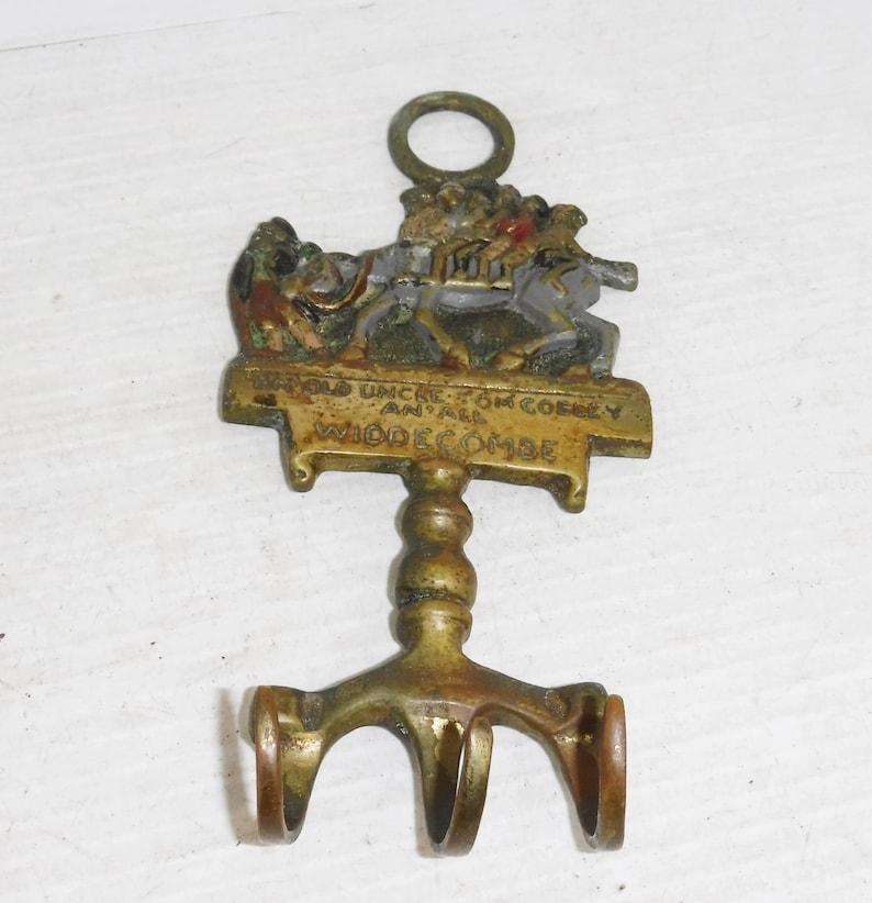 Vintage 1930s Brass Key Holder Old Uncle Tom Cobley Widdecombe 762506