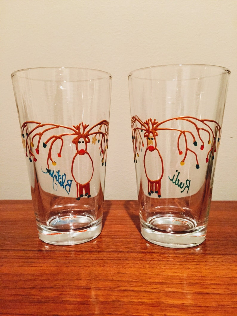 Christmas beer glass. hand painted. pint. mixing glass. image 0