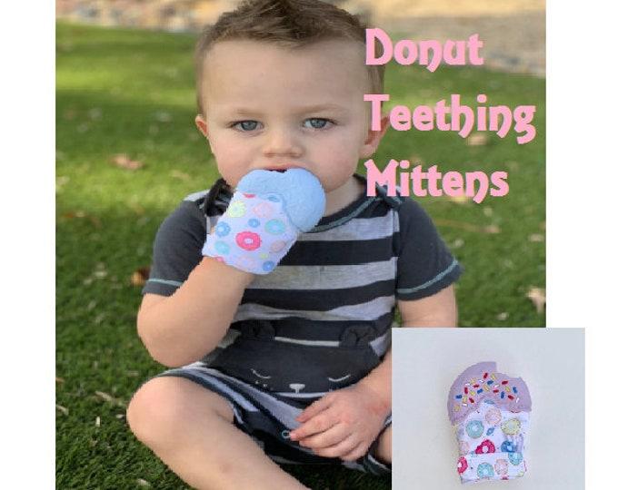 SillyMunk™ Silicone Teething Donut Mitten