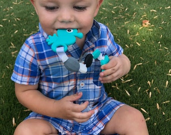 SillyMunk™ Seahorse Teething Pacifier Clip  SAFE to chew on Silicone Teething Necklace BPA Free for teething babies