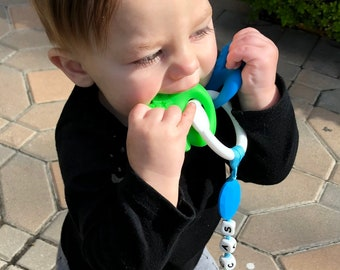 SillyMunk™ Personalized Silicone Teething Pacifier Clip! Car keys