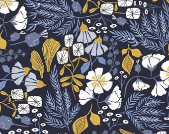 Dear Stella Honey Bee, Bee Garden 1528 designed by Rae Ritchie - Sold in 1/2 yard increments