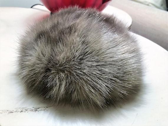 Vintage Silver Gray Pill Box Fox Fur Hat 1960's G… - image 2