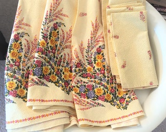 Vintage Round Tablecloth & Matching Napkins Made in France French Provincial 68 Inches