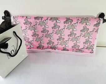 Little Safari Pink - Plush Trendy Comfort Blanket